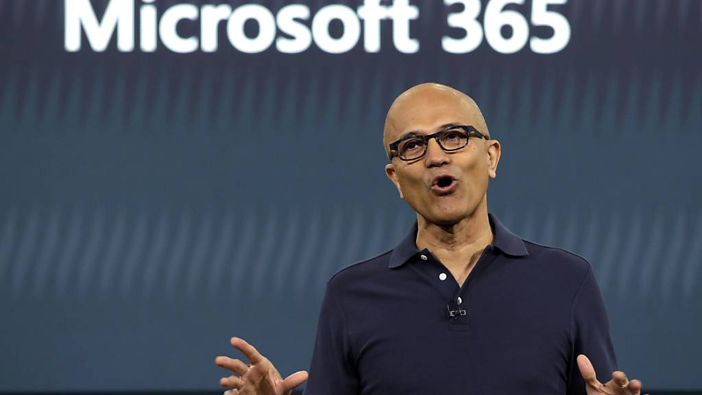 Microsoft-Chef Satya Nadella kann sich wegen der Coronavirus-Krise über mehr Nutzer für Bürokommunikations-Software freuen. (Archivbild)