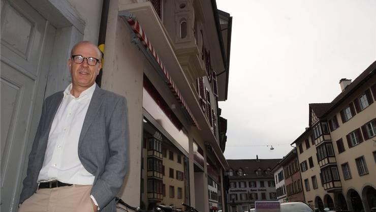 Radiomoderator Daniel Hitzig hat das «Geschäftsmodell Bad Zurzach» unter die Lupe genommen. Ursula Burgherr
