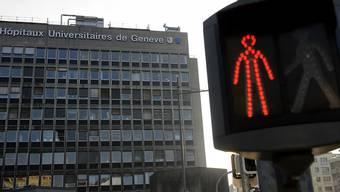 Was ist mit der Buchhaltung des Unispitals Genf nicht in Ordnung? Der Chefbuchhalter ist suspendiert und eine Untersuchung läuft (Archiv).