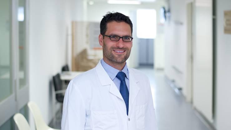 Dr. med. Pascal Kissling hat operiert.
