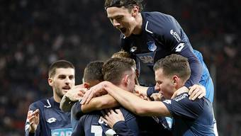 Grosse Freude bei Hoffenheims Spieler nach dem entscheidenden Tor zum 1:0 durch Mark Uth