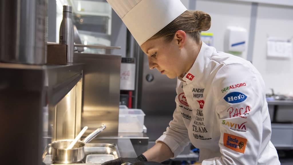 Diese Bündnerin kämpft als einzige Frau in der Schweizer Koch-Elite um WM-Gold
