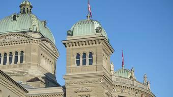 Heute Montag beginnt im Bundeshaus die Wintersession. Höhepunkt sind die Bundesratswahlen am 5. Dezember. (Archivbild)