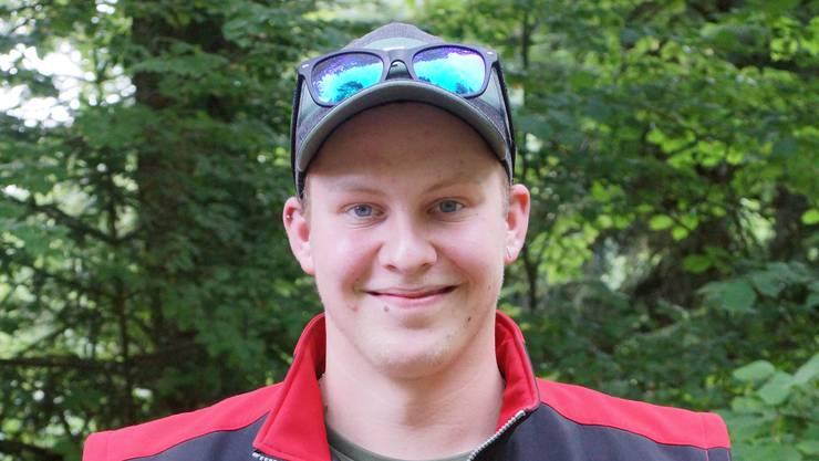 Michael Müller, SG Ziefen, mit 71 Punkten stolzer Sieger des Feldschiessens 300m 2018 des BSV Waldenburg und des Kantons Basel-Landschaft.