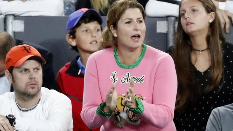 Mirka Federer und der auffällige Pullover.