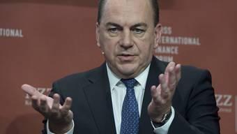 """""""Wir brauchen einen radikal neuen Ansatz in der Entwicklungsfinanzierung"""", sagte Axel Weber, Verwaltungsratspräsident der UBS, in Davos."""