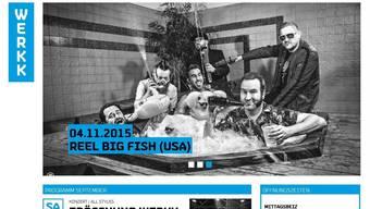 Schwarz-weiss Fotos und wechselnde, farbige Akzente auf der neuen Website des neuen Jugendkulturlokals. screenshot