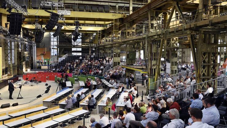 Auch der Zürcher Kantonsrat hat schon extra muros getagt. So fand im Juli 2017 ein Sitzung in Winterthur statt, zur Feier von 100 Jahre Proporz.