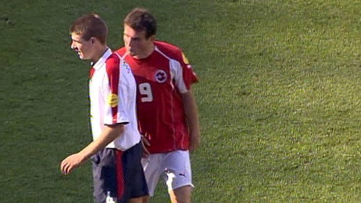 Die Bilder liessen keine zwei Meinungen zu: Alex Frei hatte Steven Gerrard im EM-Spiel 2004 in Portugal bespuckt.