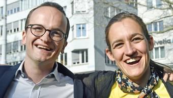 Sie strahlen: Der neue grüne Zürcher Regierungsrat Martin Neukom und Marionna Schlatter-Schmid, Präsidentin der Zürcher Grünen.