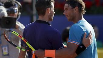 Der Sandkönig Rafael Nadal (rechts) muss Dominic Thiem zum Sieg gratulieren.