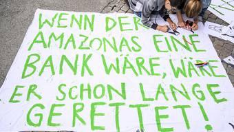 Klartext an der Klimaschutzkundgebung in Zürich.....