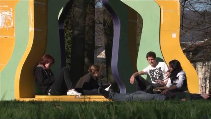 Jugendliche im Umgang mit Finanzen: Wie sollen Junge anlegen?