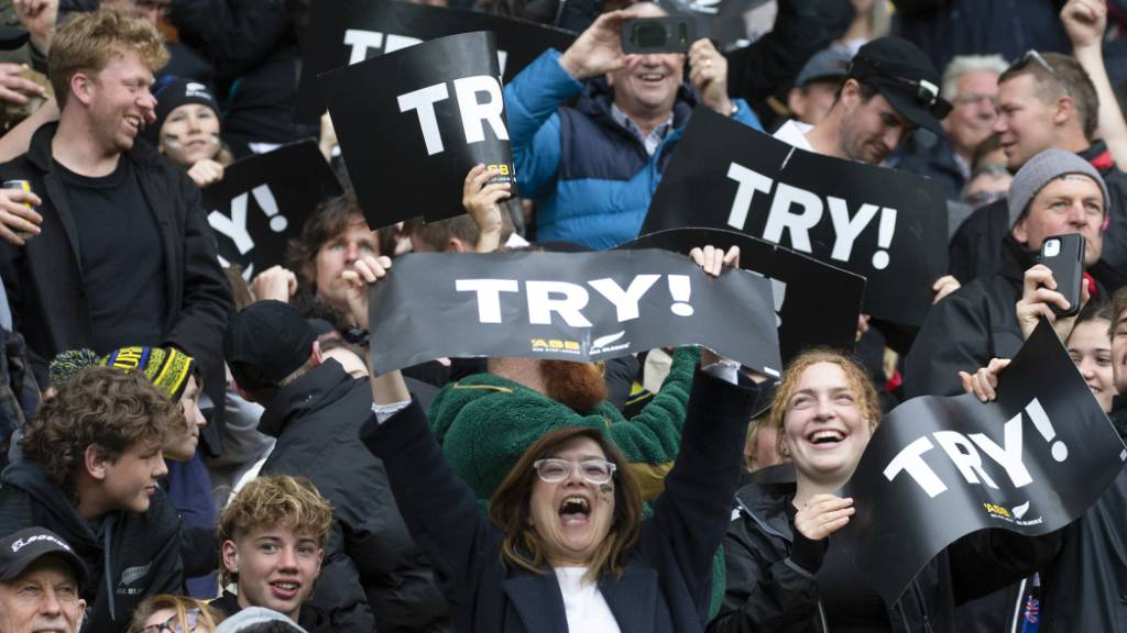Erstes Rugby-Länderspiel seit März vor 31'000 Zuschauern