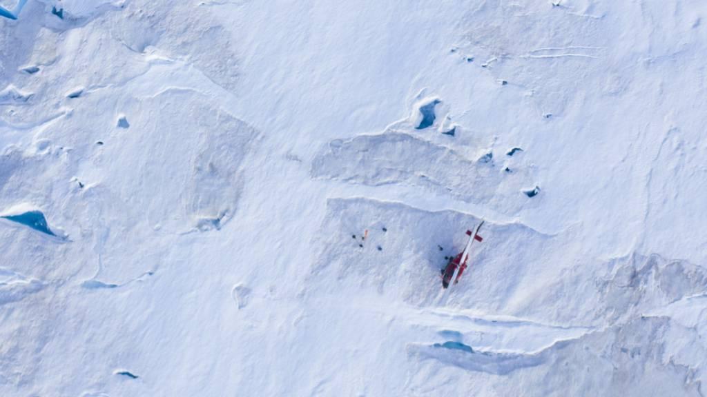 Schmelzwasser von Grönlands Eisschild fliesst stärker ab