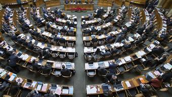 Die Mitglieder der eidgenössischen Räte sollen keine persönlichen Mitarbeiter erhalten. Das hat der Nationalrat entschieden. (Themenbild)