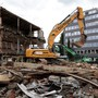 Der Abriss der alten Décolletage-Fabrik ist nur der erste Schritt: Hier soll bald eine grosszügige Begegnungszone entstehen.