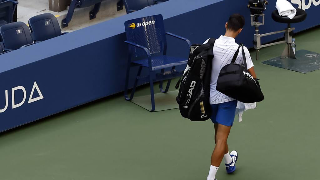 Novak Djokovic entschuldigt sich nach Disqualifikation