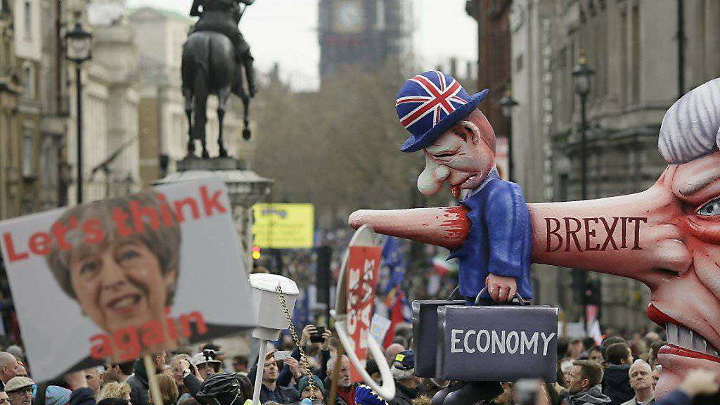 Spekulationen über bevorstehende Revolte im britischen Kabinett