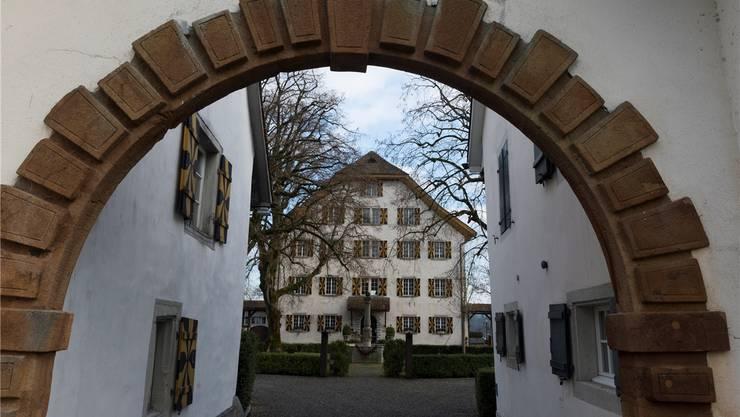 Blick in den Innenhof von Schloss Böttstein.