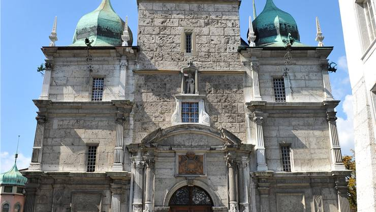 Das Problem der Listenverbindungen müsse umfassender geprüft werden, fordert die Justizkommission (Solothurner Rathaus)