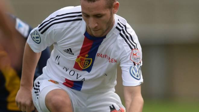 Darf nur bei Testspielen für den FC Basel ran: Veljko Simic vor einem Jahr gegen Braunschweig. Foto: Andy Mueller/freshfocus