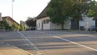 Vor allem für die Gebäude entlang der viel befahrenen Hauptachse von Baden auf den Mutschellen sind Lärmschutzmassnahmen geplant.  pel