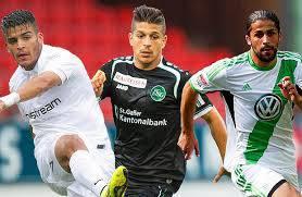 Ricardo Rodriguez (rechts) spielt für die Schweiz. Was machen Francisco (links) und Roberto?