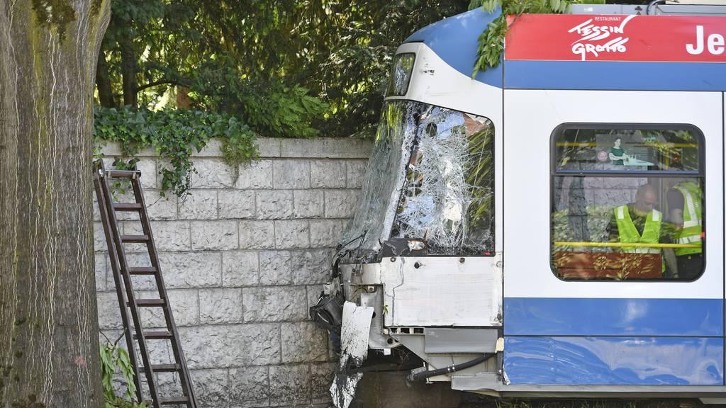 Sicherheit im öffentlichen Verkehr: Zahl der Unfälle war 2019 hoch — dafür weniger Tote