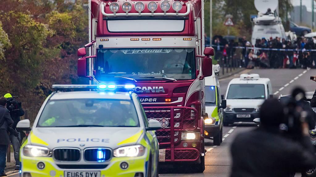 Lkw-Fahrer wegen Totschlags in 39 Fällen angeklagt