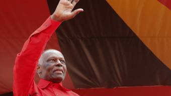 Angolas Präsident Jose Eduardo dos Santos nimmt nach 38 Jahren im Amt seinen Abschied (Archiv)