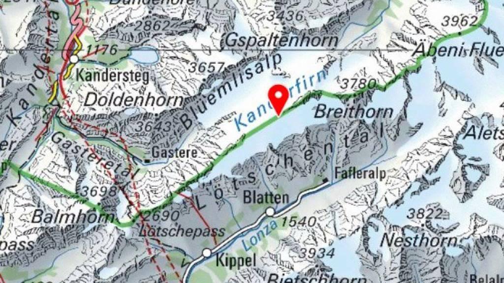 Auf dem Petersgrat zwischen Kandersteg und dem Lötschental stürzte am Samstag ein Helikopter beim Landen ab. Der Pilot kam ums Leben.
