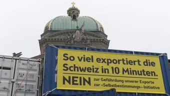 Am Donnerstag eröffnete Economie Suisse den Kampf gegen die Selbstbestimmungsinitiative der SVP auf dem Bundesplatz. Auch die Solothurner Handelskammer ist gegen die Initiative.