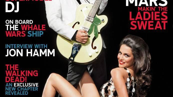Bruno Mars ist im Playboy - angezogen