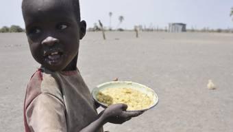 Nicht allen Hungernden kann geholfen werden: Die Sterblichkeitsrate in Somalia wächst