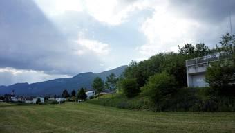 Besitzerin der Liegenschaft Reservoir Krummacker ist die Bürgergemeinde Langendorf.