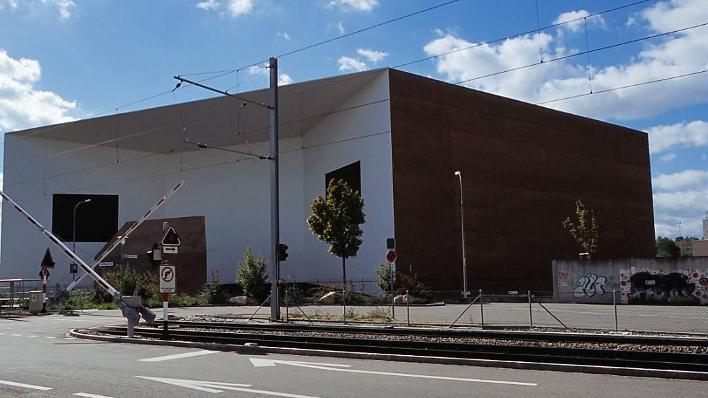 Das Schaulager der Laurenz-Stiftung in Münchenstein BL soll erweitert werden.