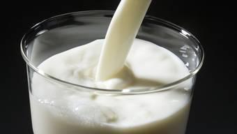 Die Wiesenmilch wird ab November 2019 an einem neuen Standort produziert. (Symbolbild)