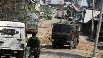 Indische Soldaten im Einsatz in Kaschmir.