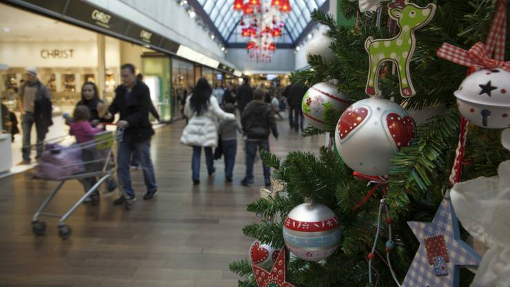 Geschäftsbetreiber dürfen ihr Personal wiederum an zwei Sonntagen im Dezember ohne Bewilligung anstellen.