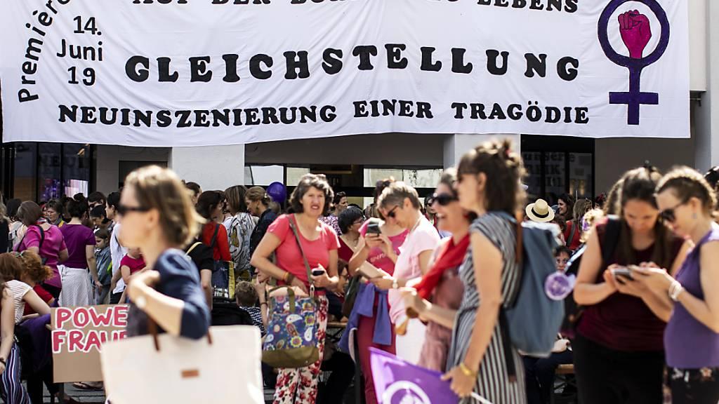 Luzerner Kantonsregierung schickt Gleichstellungsbericht in Vernehmlassung