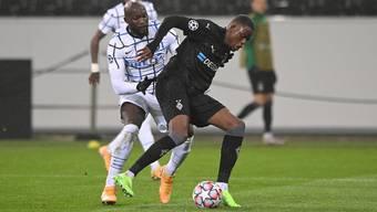Im Duell gegen Inter-Star Romelu Lukaku: der Schweizer Denis Zakaria.