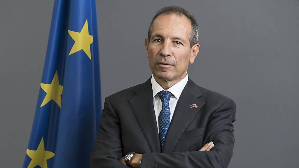 Ohne institutionelles Rahmenabkommen werde es keinen Status quo geben bei den Beziehungen der Schweiz mit der EU, sagt Petros Mavromichalis, EU-Botschafter in der Schweiz. (Archivbild)