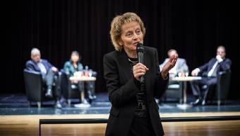 Podiumsdiskussion über die Abzocker-Initiative mit Bundesrätin Eveline Widmer-Schlumpf in Aarau