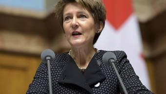 Globaler Umweltschutz sei im Interesse der Schweiz, sagte Umweltministerin Simonetta Sommaruga im Nationalrat. Der Rat genehmigte einen Rahmenkredit für Umweltprojekte.