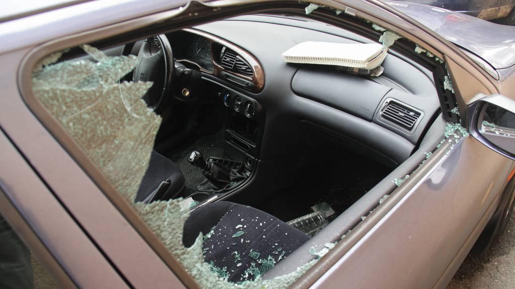 Mehrere Fahrzeugeinbrüche über die Festtage in Herisau