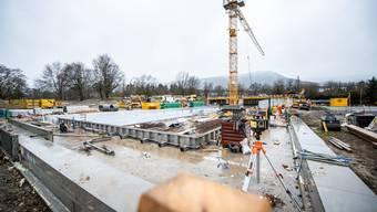 Am 1. Juni wird das neue Freibad eingeweiht, spätestens am 22. Juni dann eröffnet.