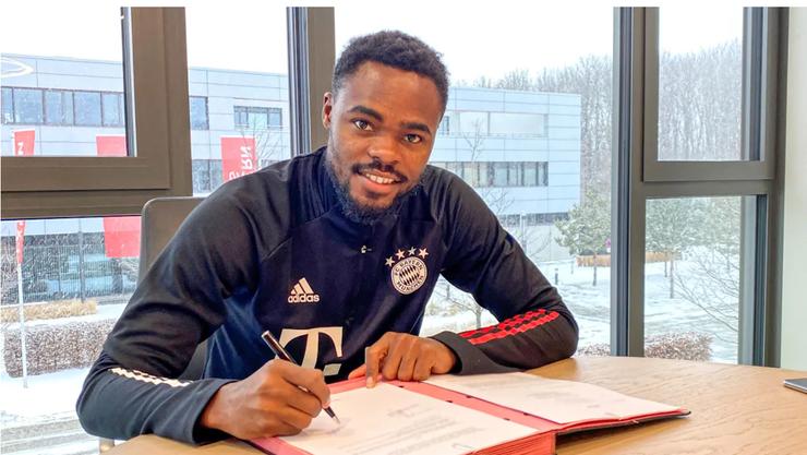 Der beim FCB nicht mehr gebrauchte Dimitri Oberlin hat in München einen neuen Vertrag unterschrieben.