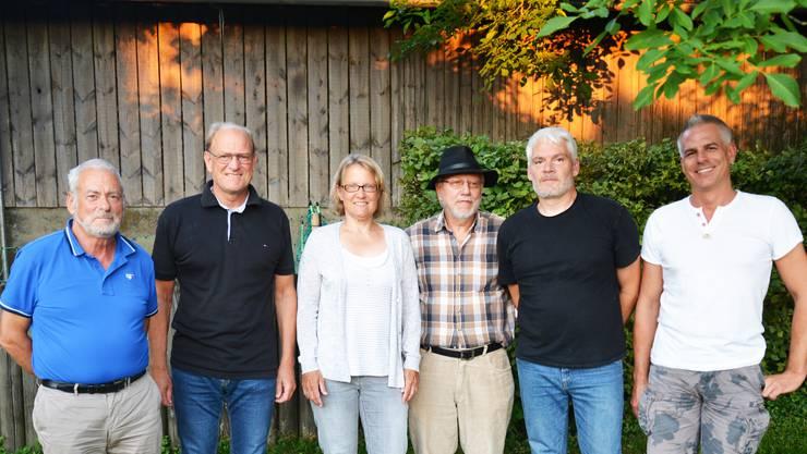 Die Kerngruppe der IG Aufbruch Remetschwil (v. l.): Bruno Reinhard, Felix Feller, Marion Stern, Peter Bachmann, Christof Merkli, Kai Pasquier. Es fehlt: Martin Reber.  zvg
