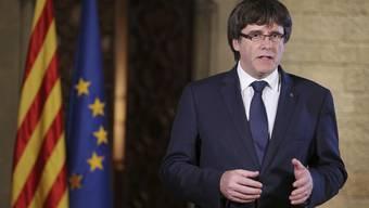 Charles Puigdemont spricht am Samstag zu den Katalanen.
